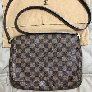 Louis Vuitton Musette Tango Crossbody Damier
